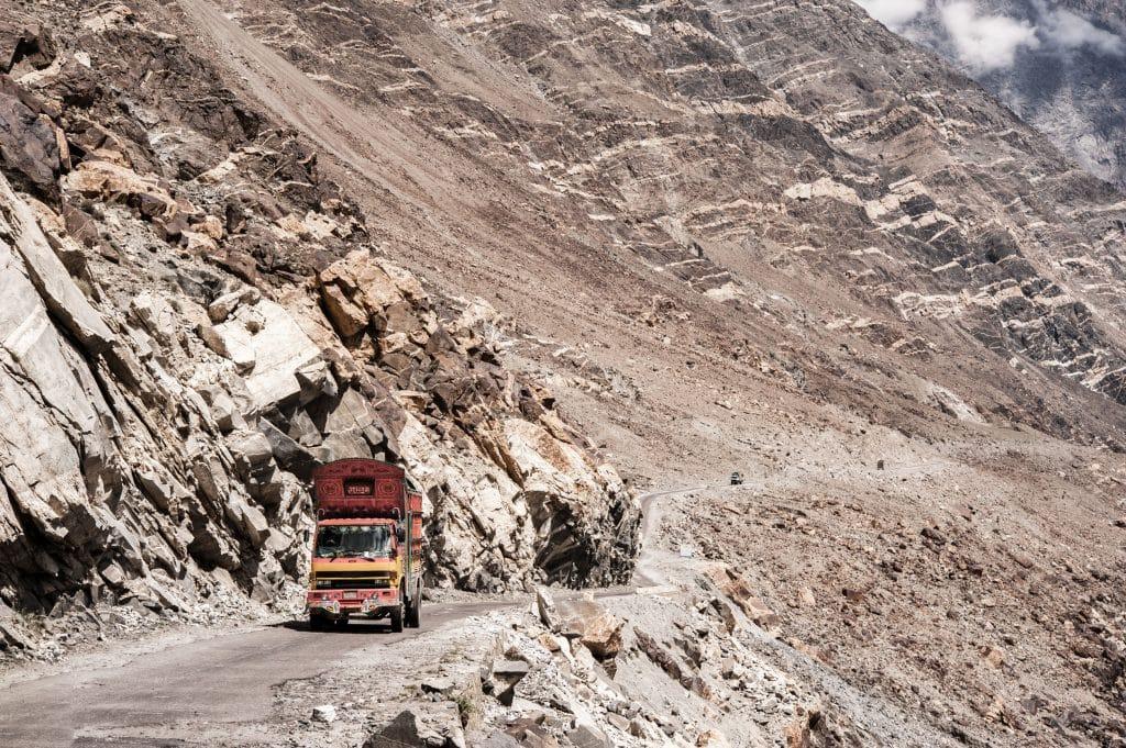 Camiao Montanhas Paquistao