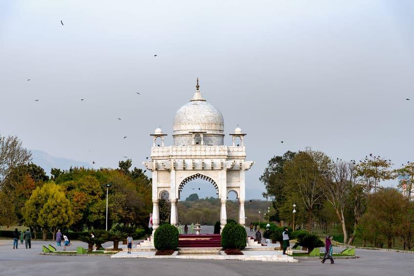 Monumento no Parque Fatima Jinnah em Islamabad